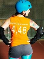 Anne Headaway, eine der Gründerinnen der Rollergirls. Foto: Andreas Jakwerth